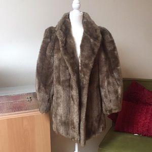 Fun faux fur jacket 🧥